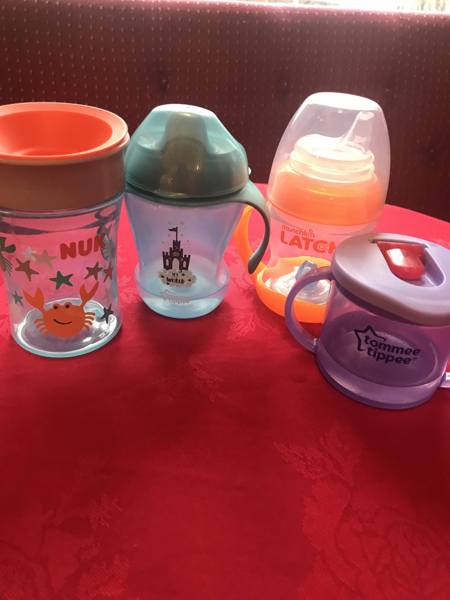 Which Sippy Cups To Buy For Your Baby?